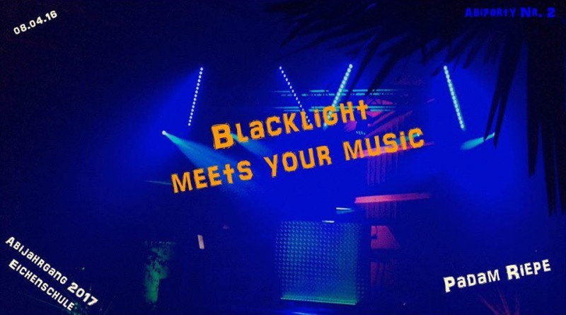 Blacklights meets your music
